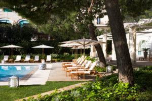 Piscina do JK Place em Capri, um dos hotéis 5 estrelas na Itália