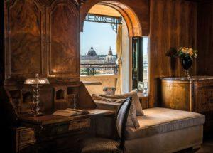 Vista de Roma a partir do Hassler, um dos hotéis 5 estrelas na Itália