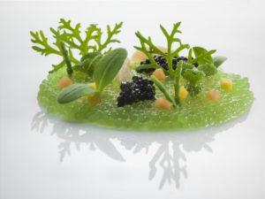 Prato do La Pergola, um restaurante sofisticado em Roma que é um restaurante Michelin na Itália