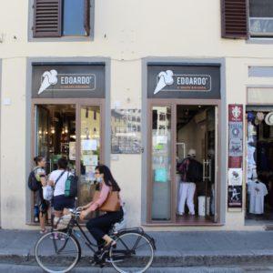 Fachada da gelateria Edoardo Bio em Florença