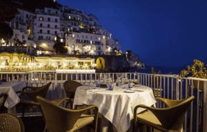 restaurante marina grande em amalfi, uma das cidades da costa amalfitana