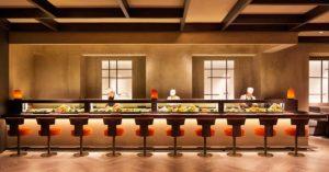 Ambiente minimalista e elegante do Nobi, um dos melhores restaurantes de Milão